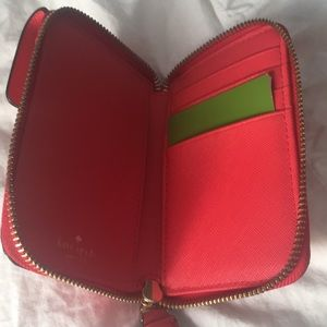 kate spade Bags - Kate spade Kirstie phone wallet wristlet nwt